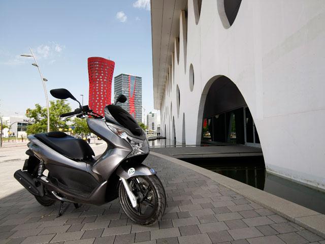 Honda rebaja el precio del PCX