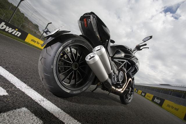 Nuevo Pirelli Diablo Rosso II en España
