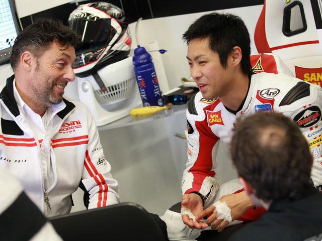 Takahashi, el más rápido del primer día en Moto2