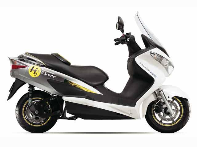 Suzuki Burgman Fuel-Cell