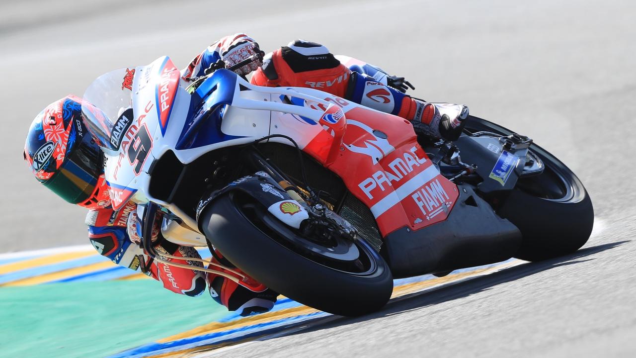 Marc Márquez logra la tercera seguida en Le Mans y Valentino Rossi vuelve al podio