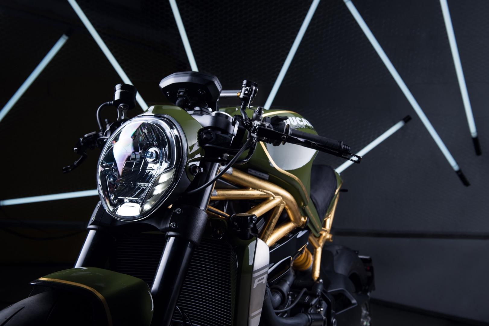 Ducati Monster DA#15, oro de 24K para la Monster