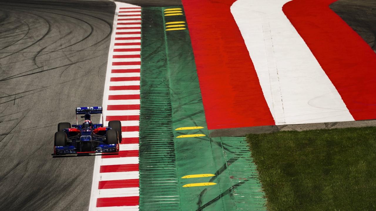 Marc Márquez en el Toro Rosso de Fórmula 1