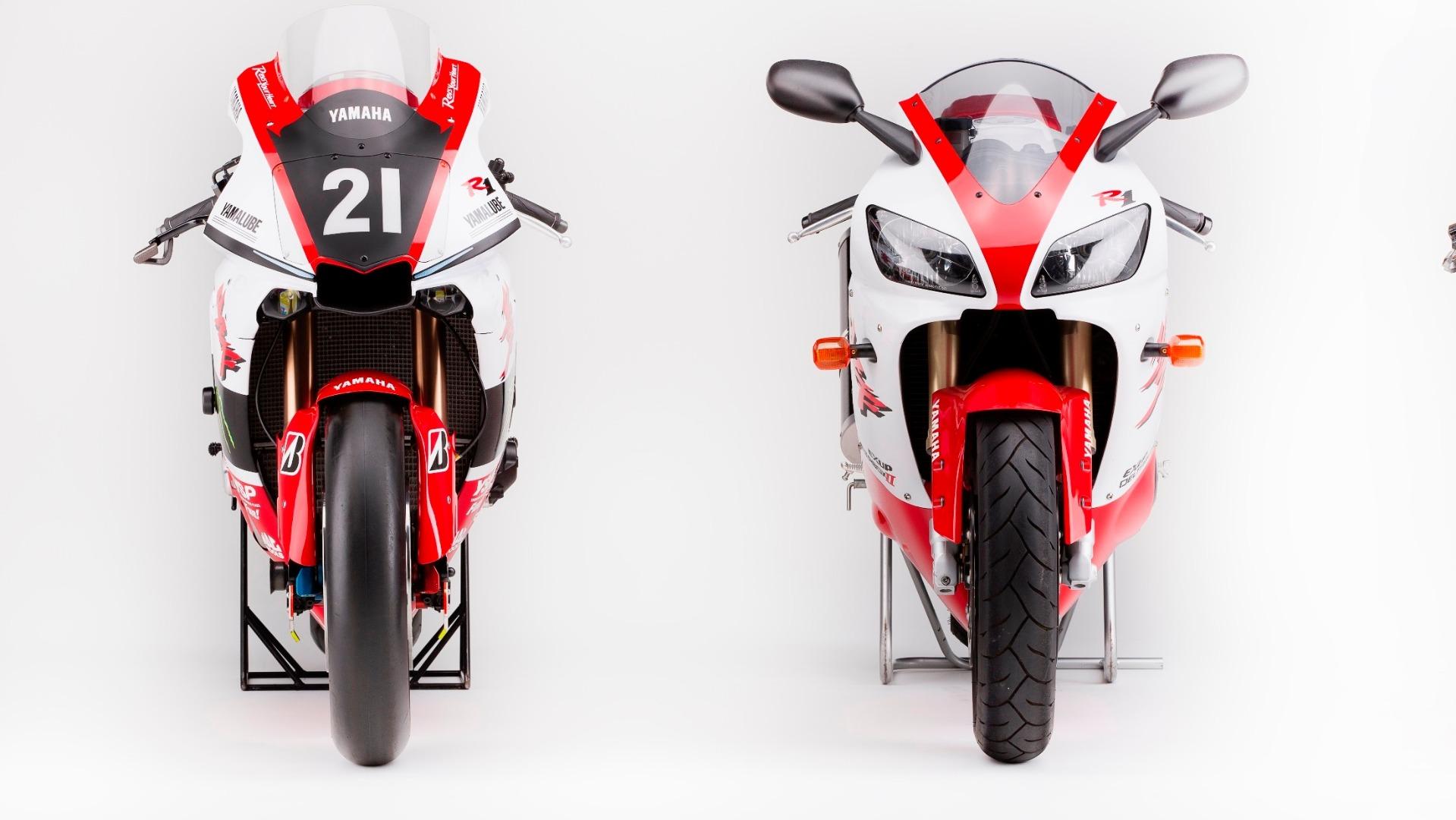 Yamaha YZF-R1 decoración 20 aniversario