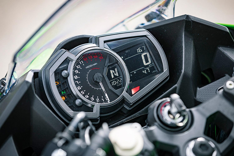 Comparativa Deportivas A2: Honda CBR500R vs Kawasaki Ninja 400 vs KTM RC 390 vs Yamaha YZF-R3
