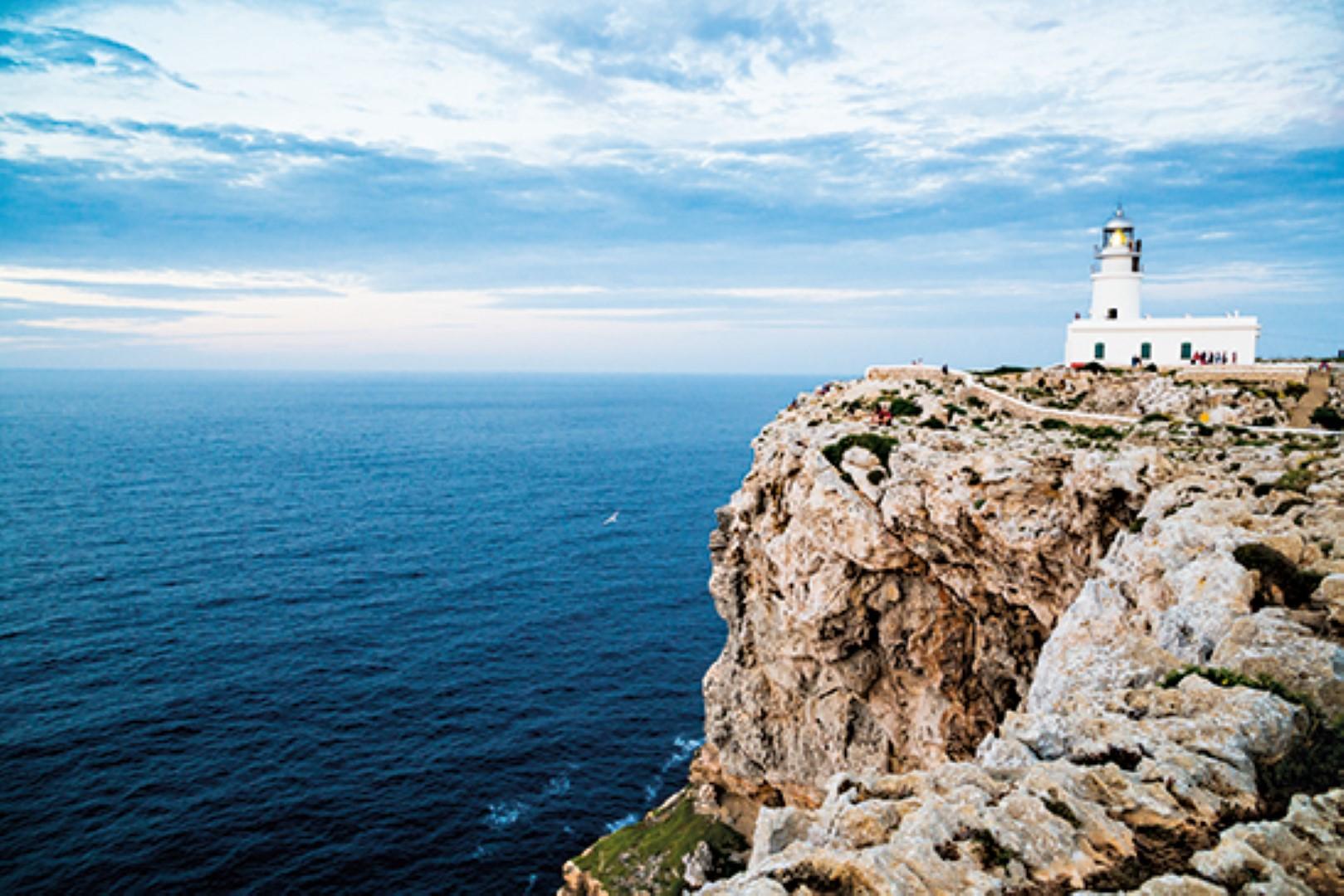 Ruta en moto por Menorca con Ruralka