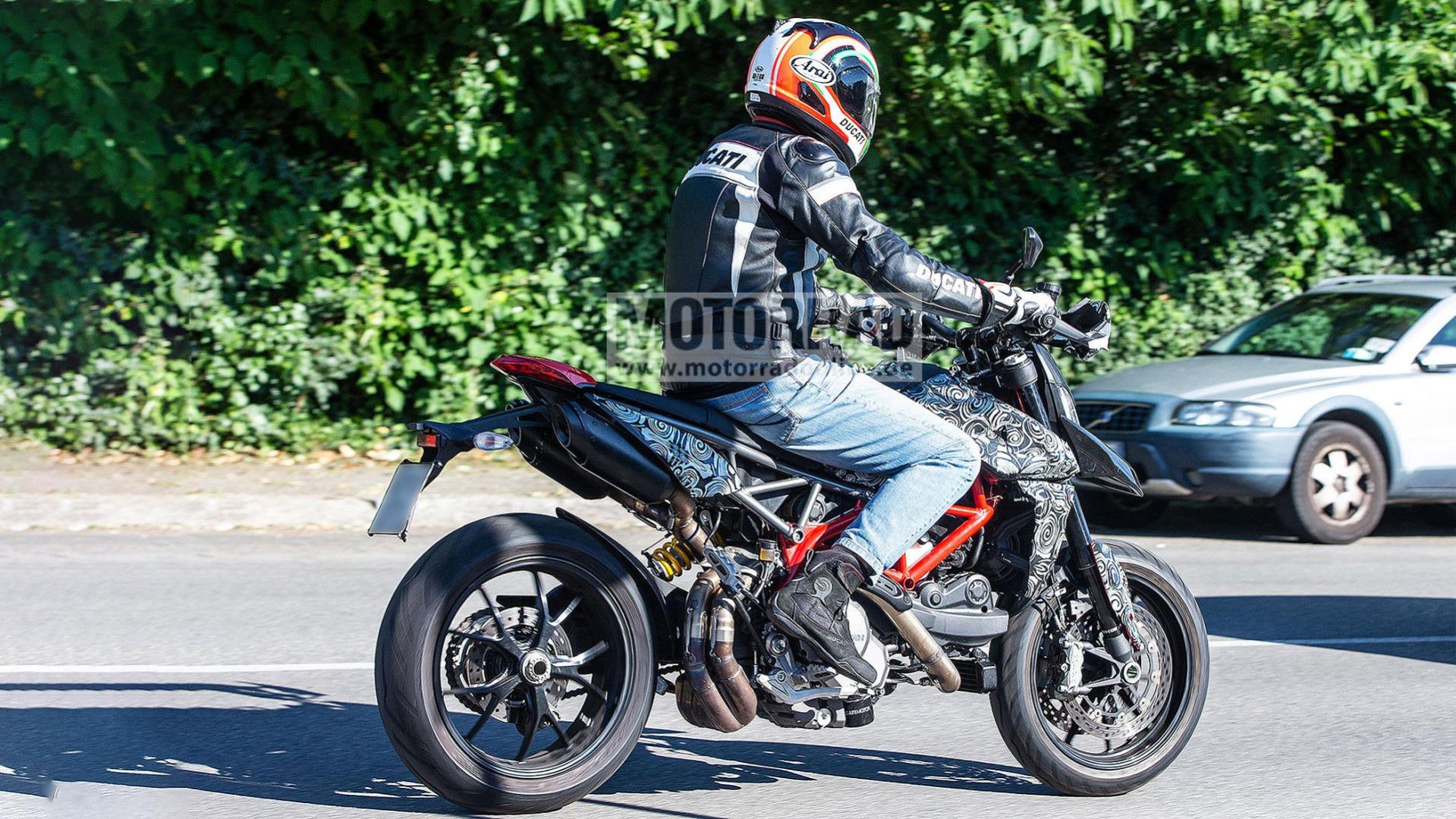 Ducati Hypermotard 2019, fotos espía