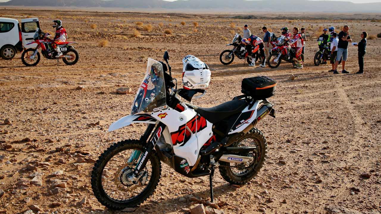 Transformación KTM 690 Enduro R, del trail a los rallies