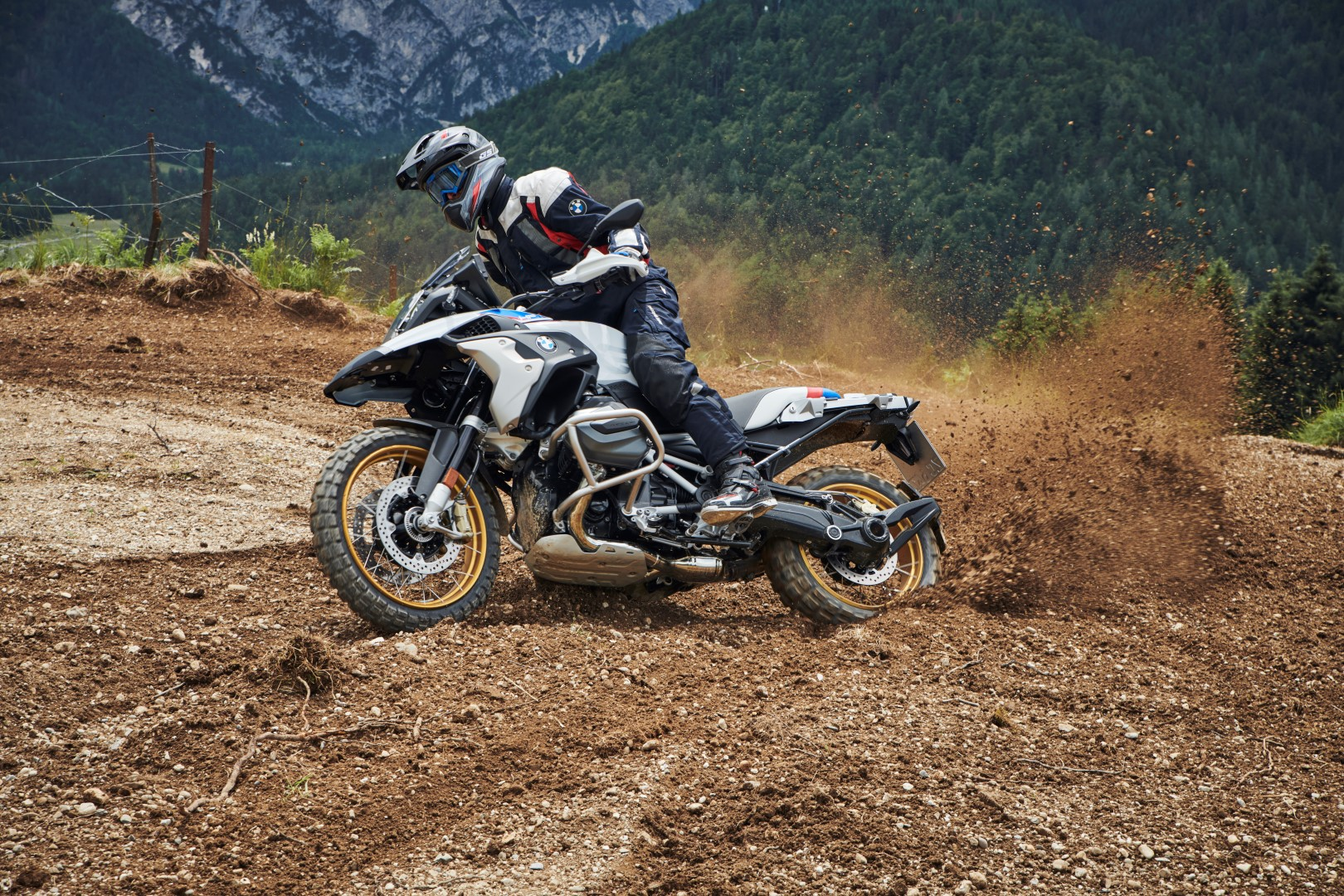 BMW R 1250 GS y R 1250 RT 2019