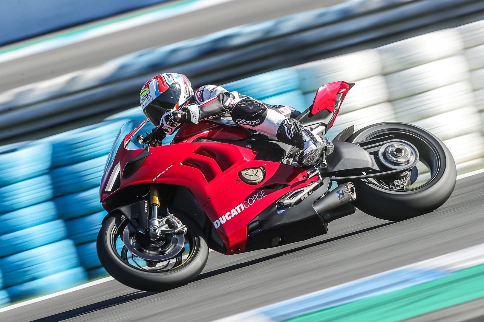 Ducati Panigale V4 R, primeras impresiones, precio y ficha técnica