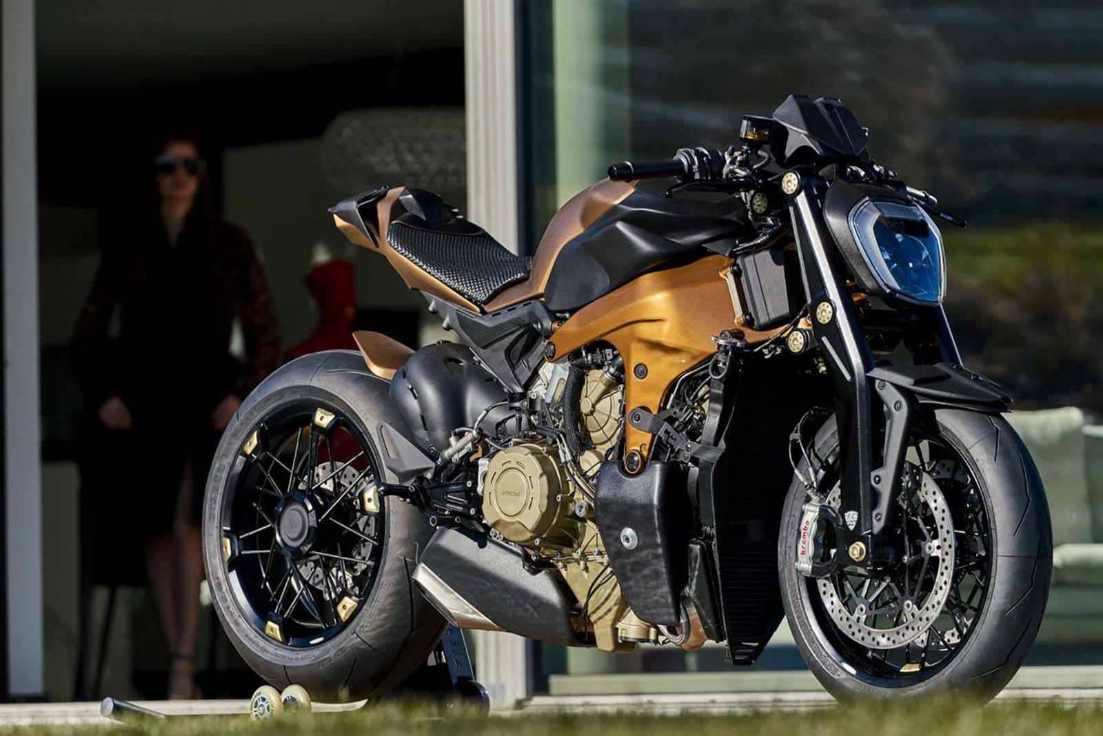 Ducati V4 Penta, la naked de 100.000 euros