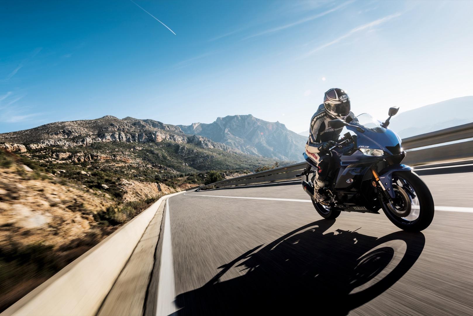 Prueba Yamaha YZF-R125 & YZF-R3 2019