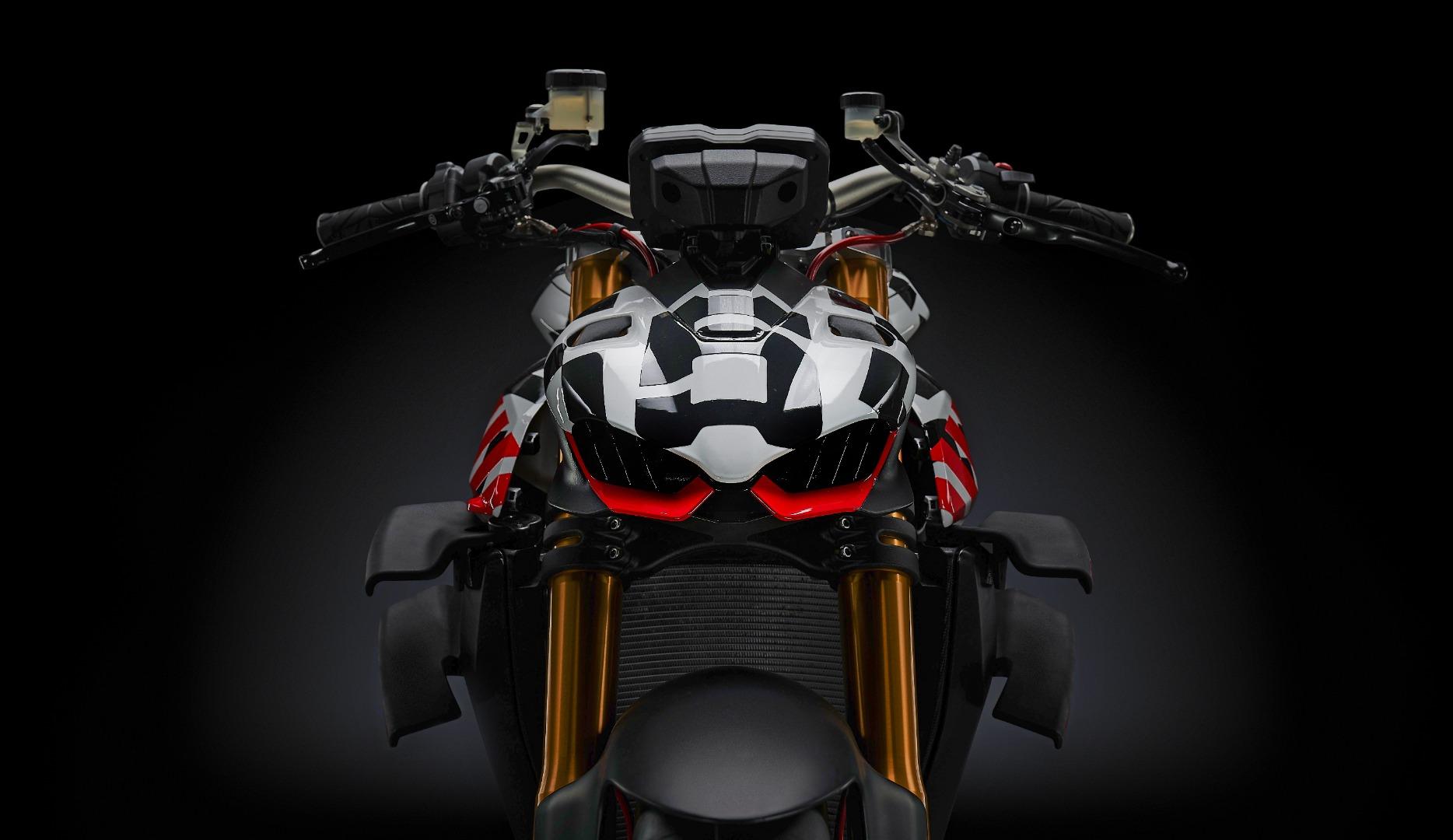Ducati Streetfighter V4, agárrate porque llegan curvas