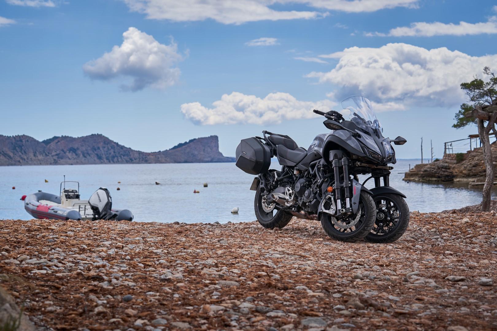 En ruta con Yamaha Niken GT: Santa Eulalia (Ibiza)