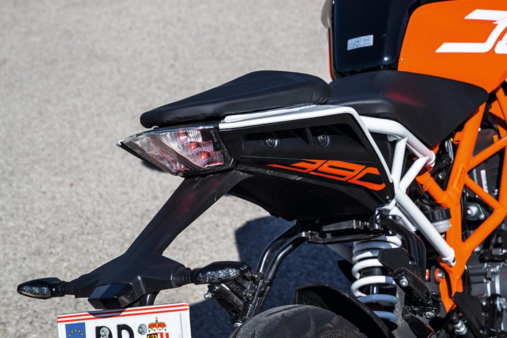 Comparativa Naked A2: Honda CB500F, Kawasaki Z400, KTM 390 Duke, Yamaha MT-03