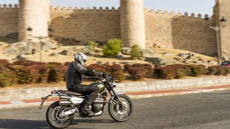 Triumph Scrambler 1200 en Motociclismo Rally Ávila 2019