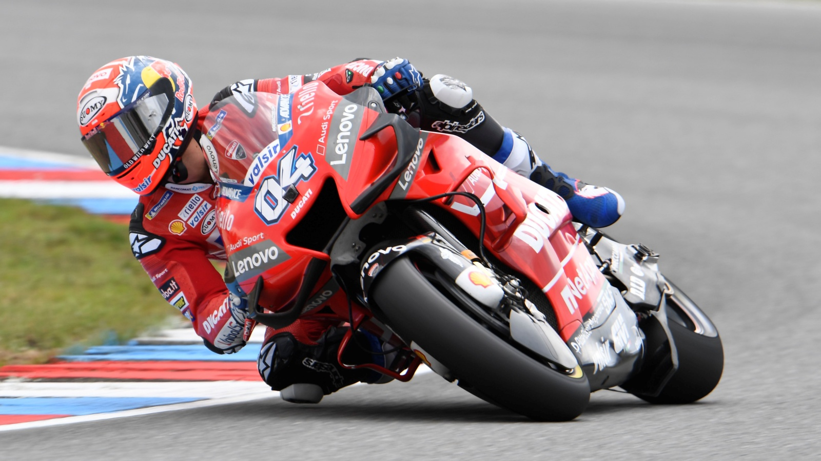 Marc 'The Bike' Márquez seca a Andrea Dovizioso en Brno e iguala a Mike Hailwood