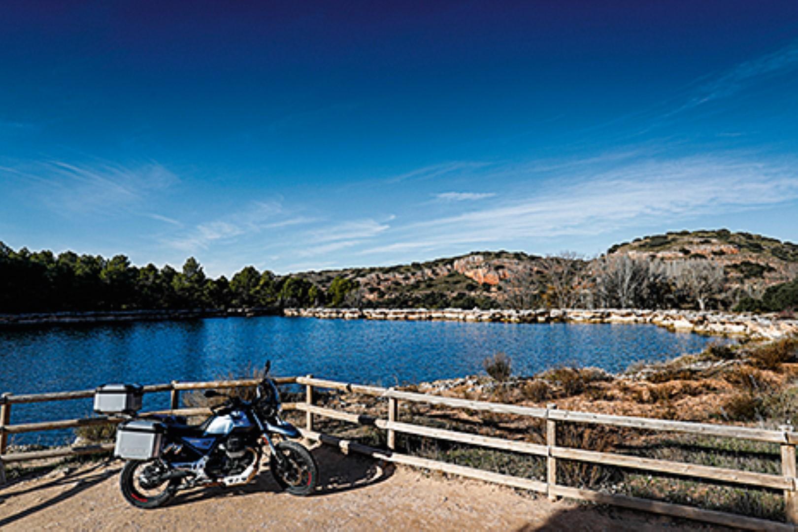 Turismo: Ruta por La Mancha con la Moto Guzzi V85 TT