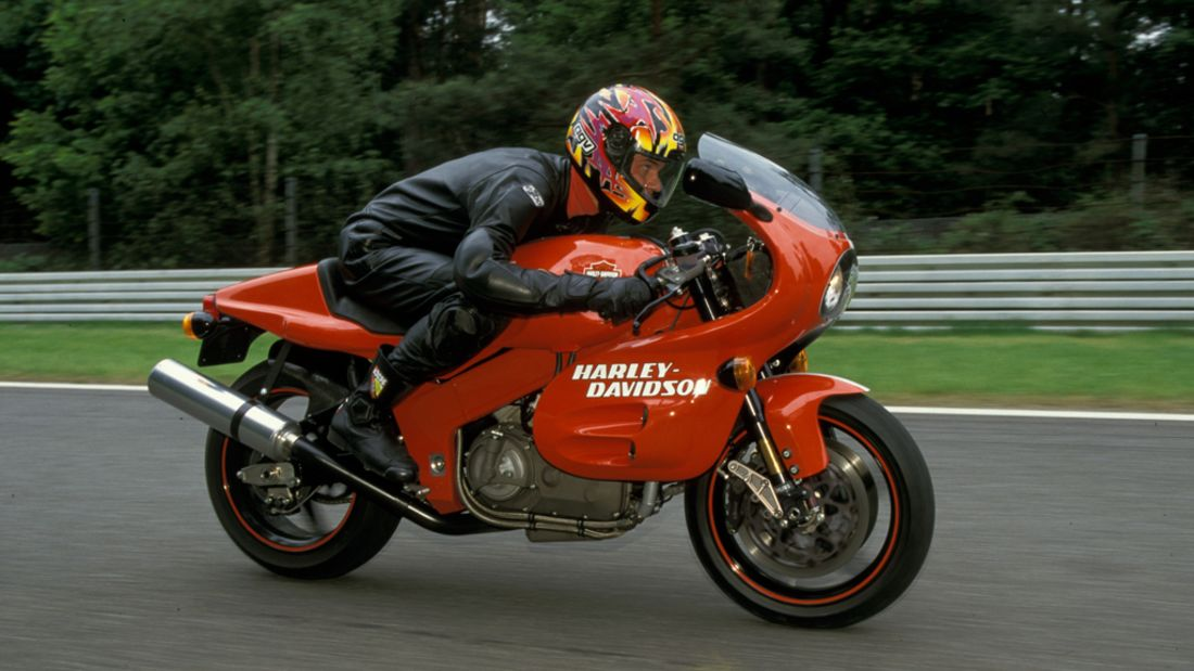 7) Harley-Davidson V-R 1000, 63.000 euros
