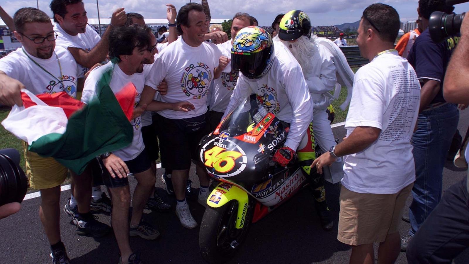 25 años Valentino Rossi: 1999 – Campeón 250cc – Aprilia RS250 / Nastro Azzurro Aprilia