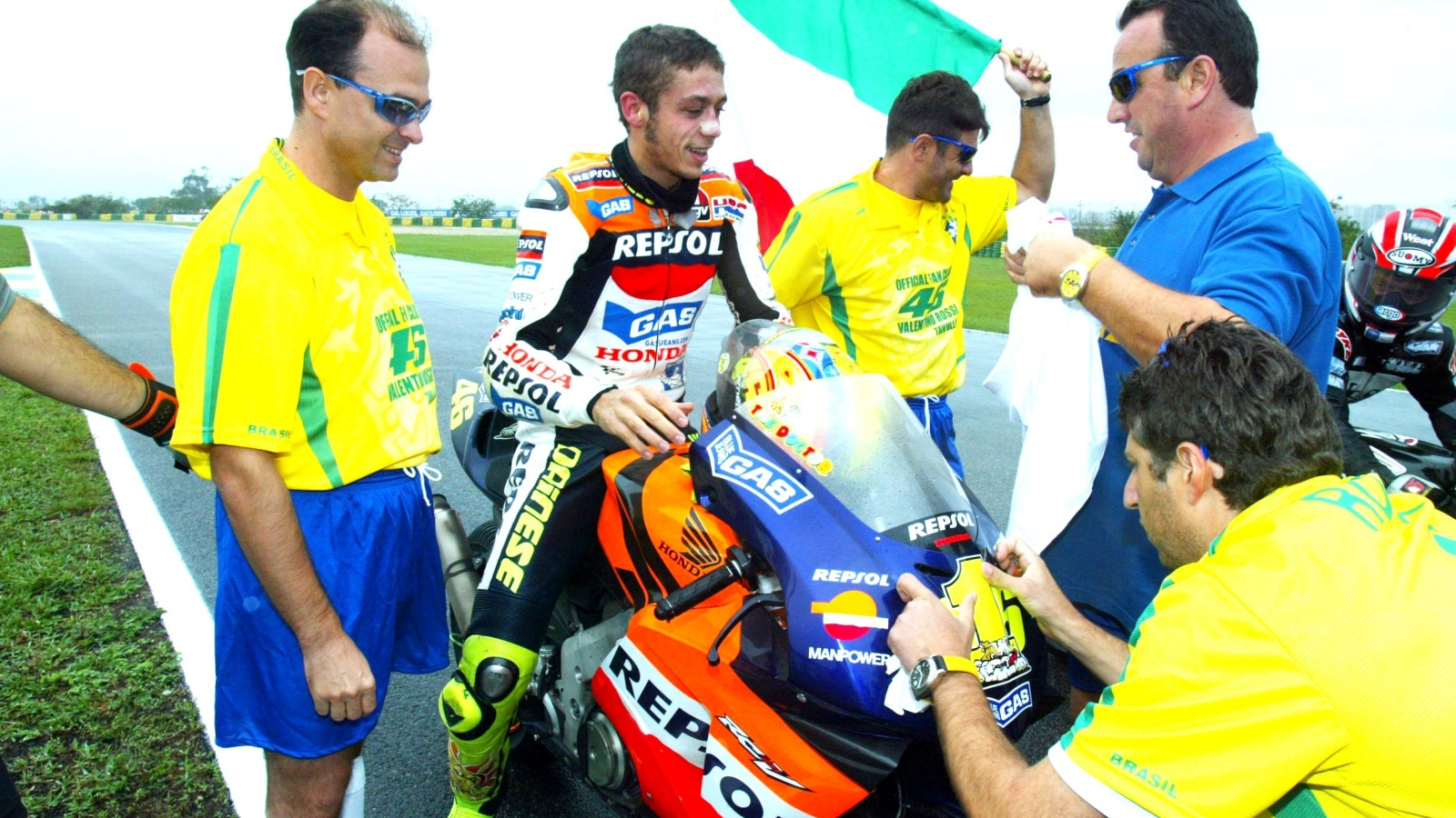 25 años Valentino Rossi: 2002 – Campeón MotoGP – Honda RC211V / Repsol Honda Team