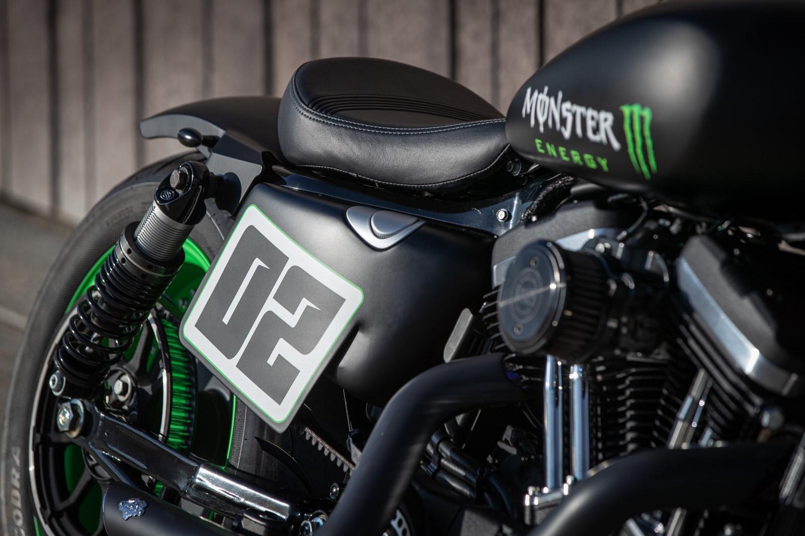 Harley-Davidson Triple S. Fotos
