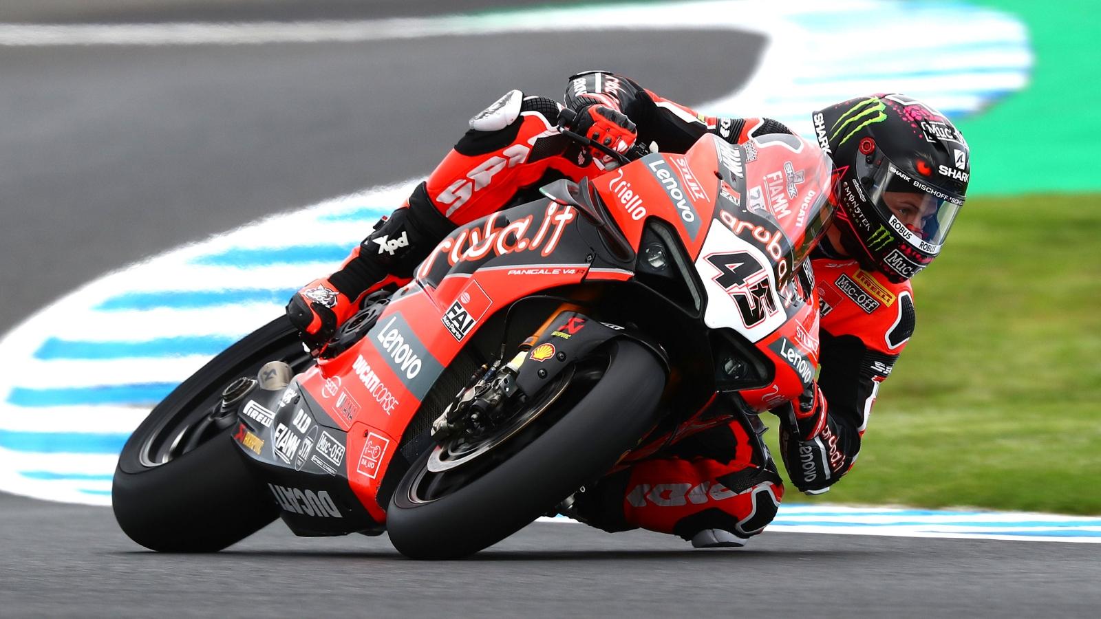 Alex Lowes bate a Jonathan Rea en Phillip Island y se pone líder de Superbike 2020