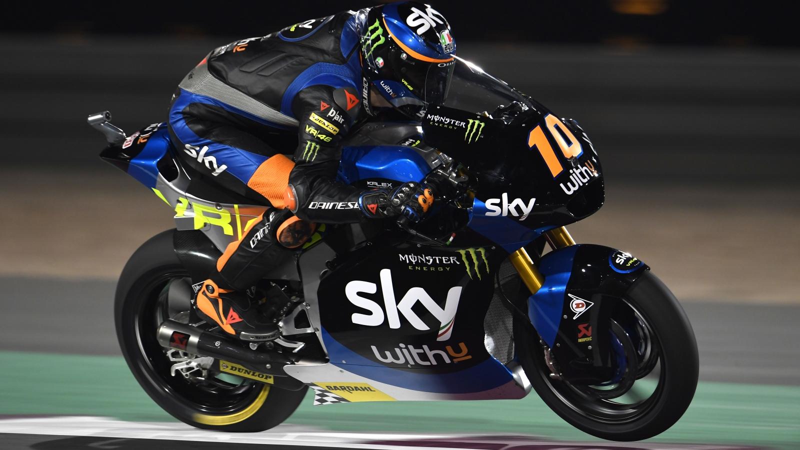 Joe Roberts se lleva la pole de Moto2 en Qatar con Luca Marini en la misma milésima