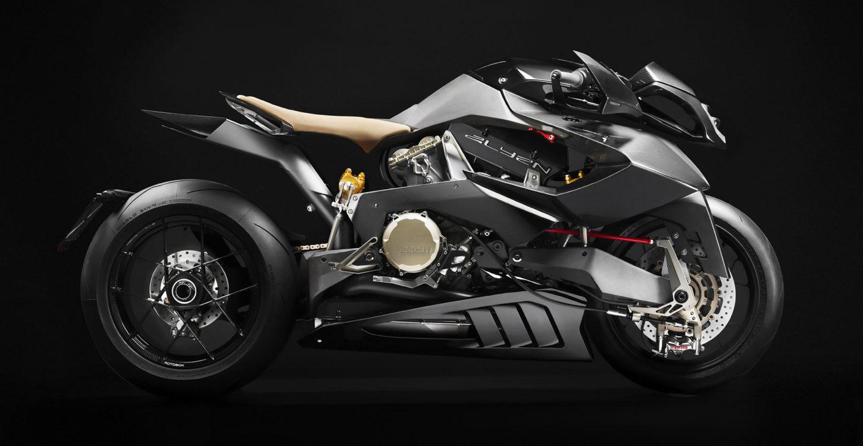 Vyrus Alyen, la nueva y atrevidísima máquina del constructor italiano