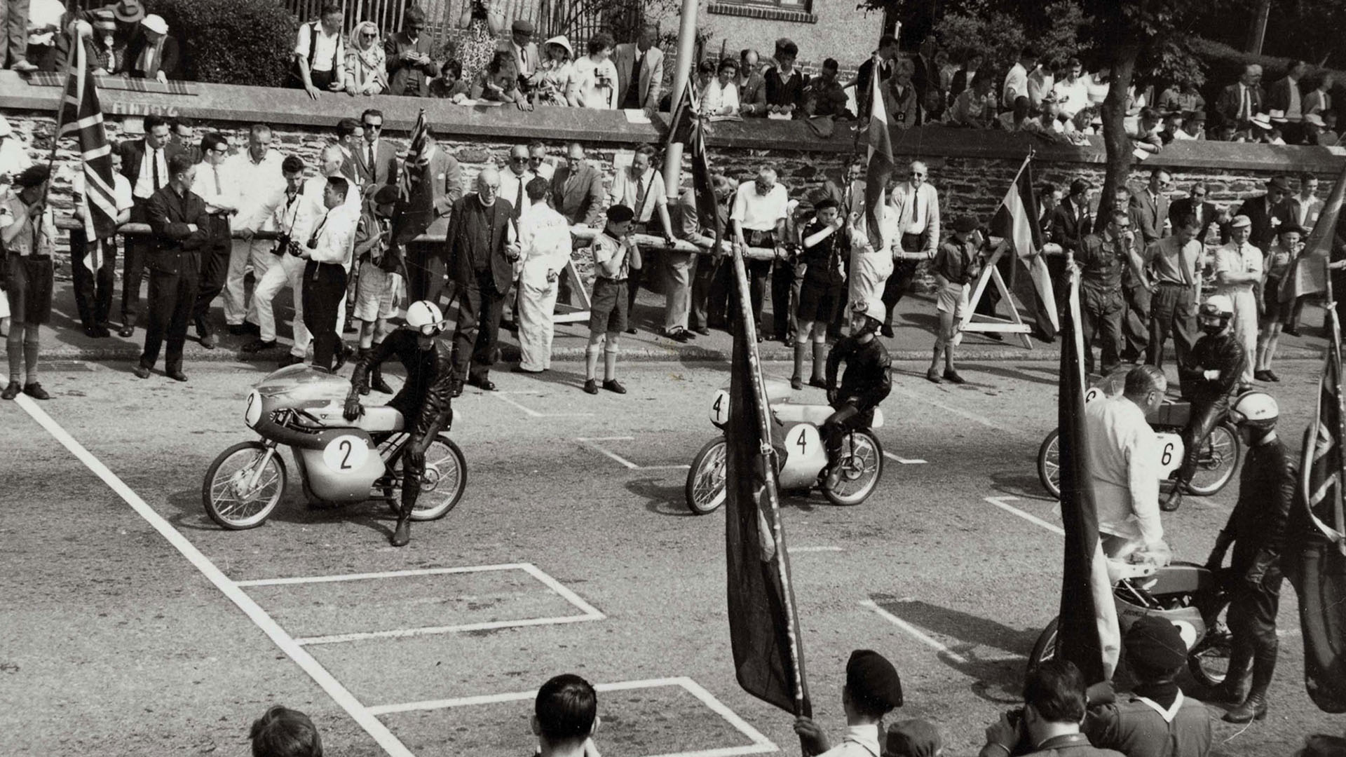 1962 Salida  de Ernst Degner para vencer en el TT de la Isla de Man