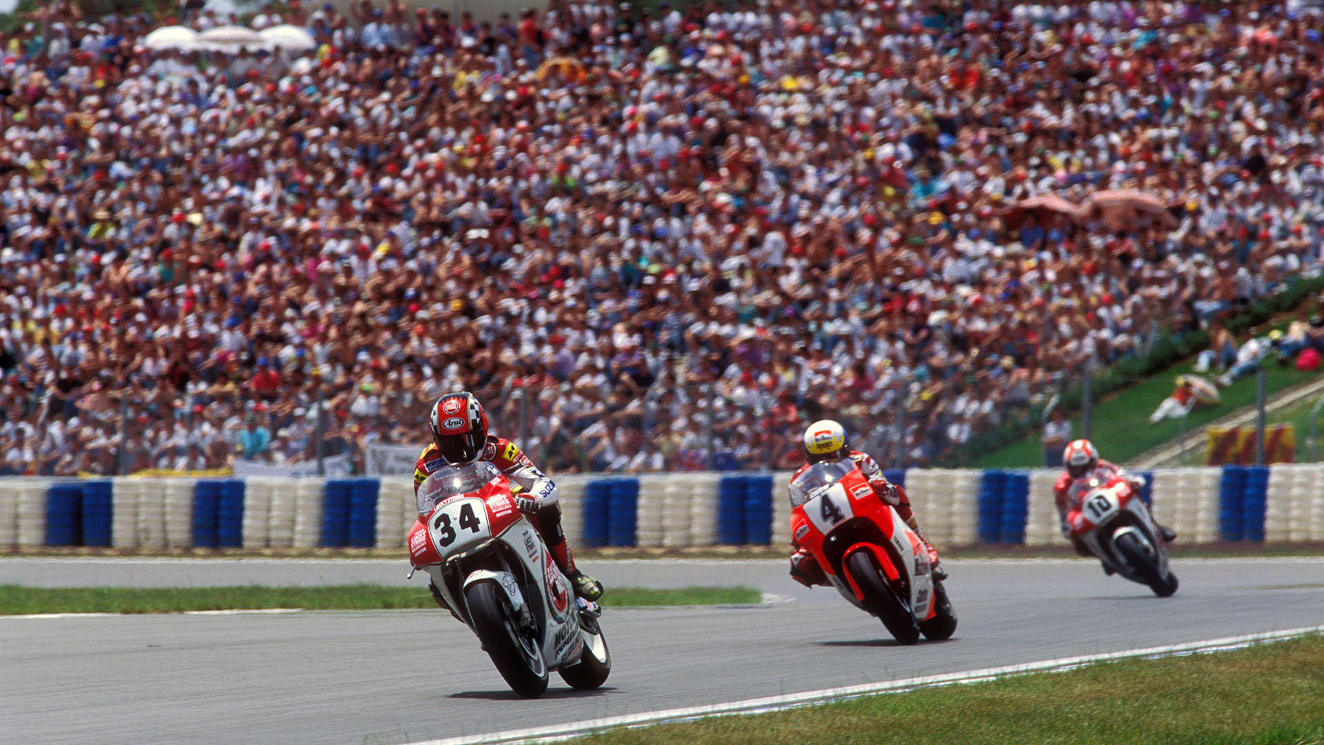 1993 Suzuki con Kevin Schwantz gana el título de 500 cc