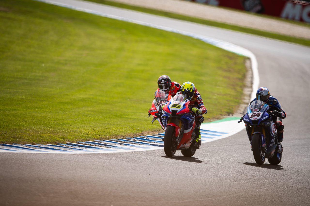 Equipo Honda HRC en Superbike con Álvaro Bautista y Leon Haslam