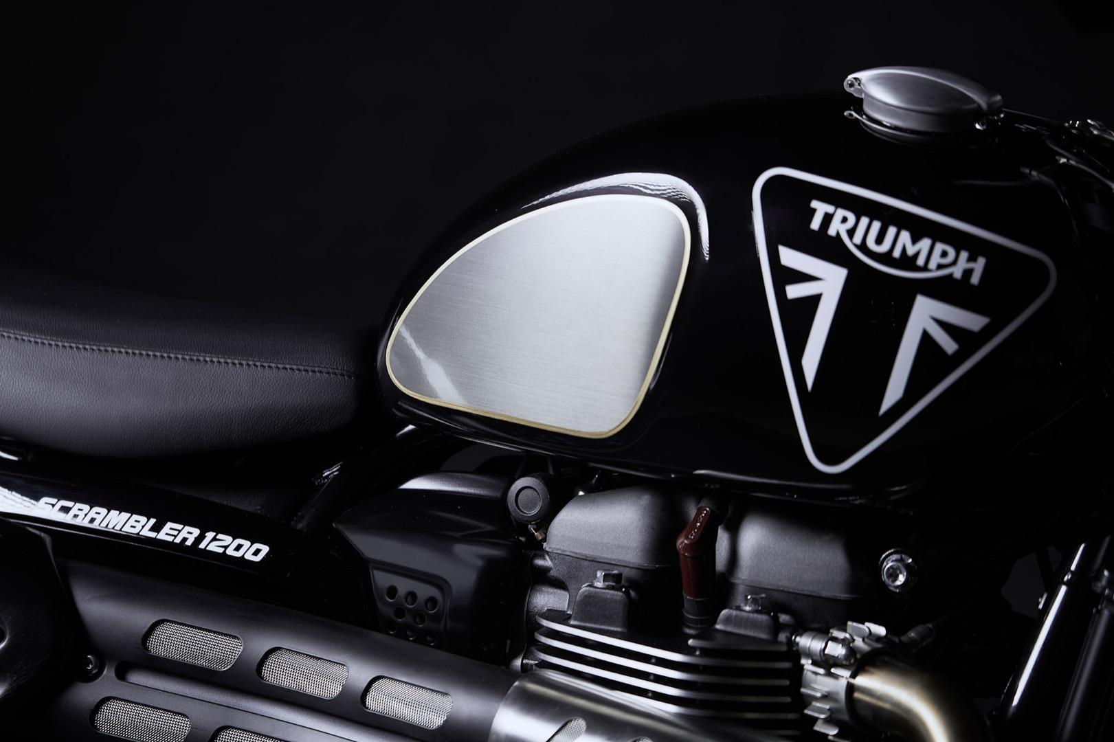 Triumph Scrambler 1200 Bond Edition