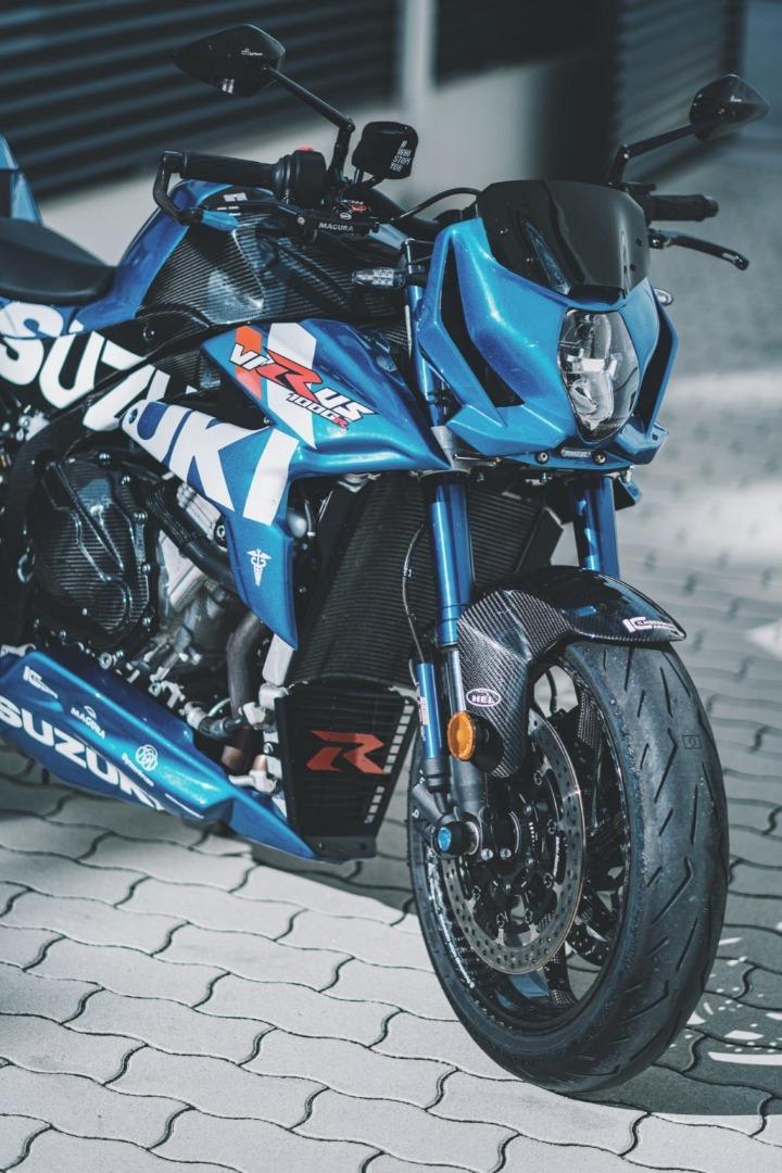 Suzuki Virus 1000 R, lo que faltaba en el catálogo de Suzuki