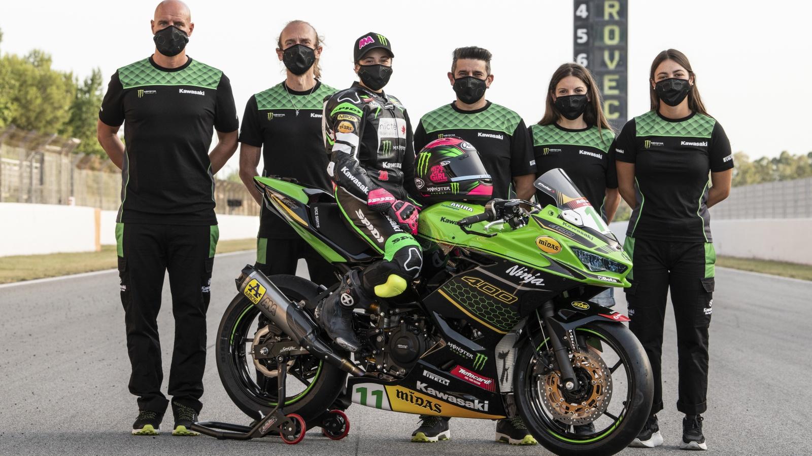 Kawasaki Ninja 400 2020 Ana Carrasco