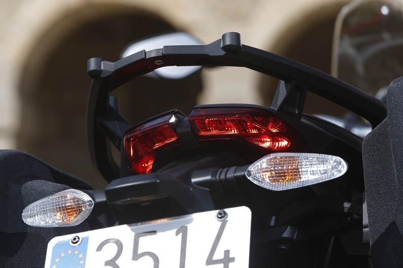 Ducati-Hyperstrada (7)