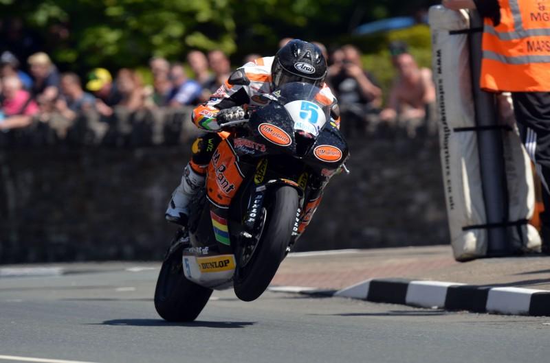 TT de la Isla de Man. Supersport 2 y TT Zero. Galería de fotos