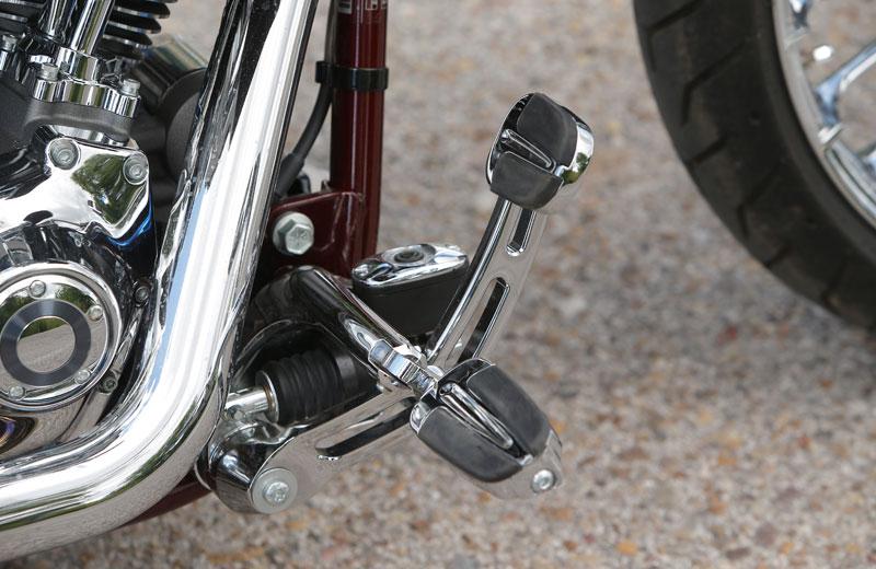 Comparativa: Harley Davidson Breakout y H-D CVO Breakout