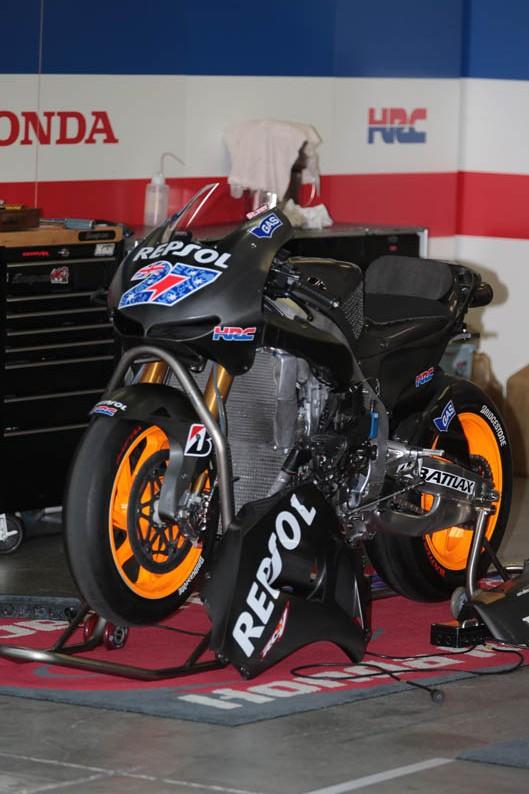 Stoner prueba la Honda de 2014. Galería de fotos
