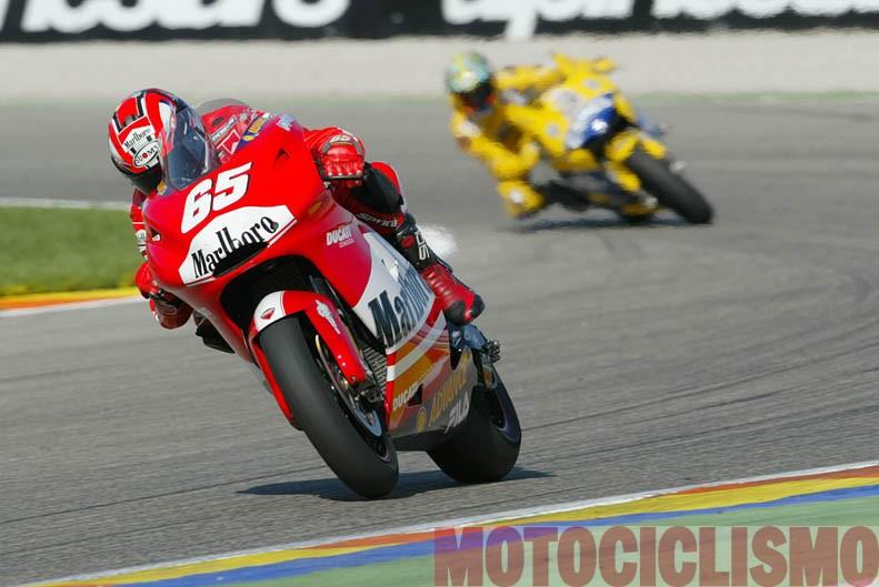 Equipo oficial Ducati en MotoGP: evolución y pilotos. Galería de fotos