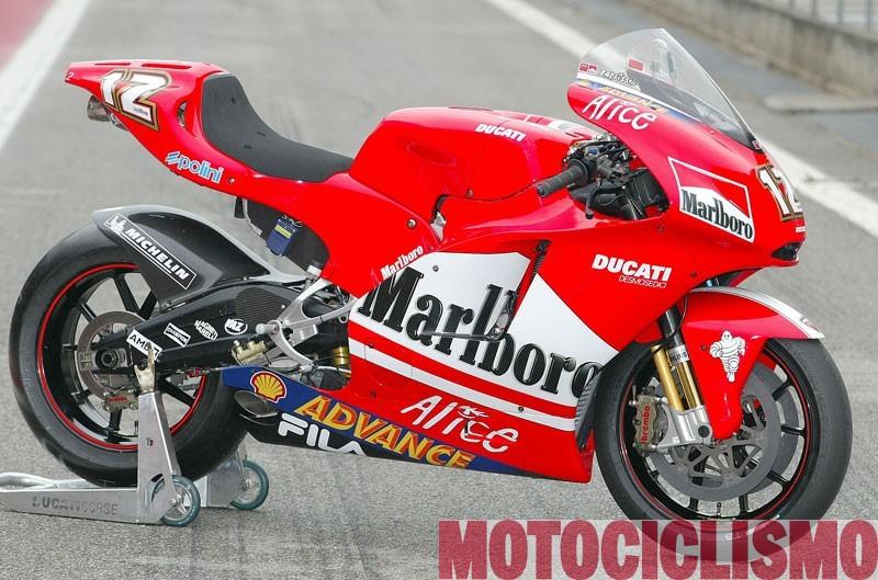 Ducati Desmosedici 2004