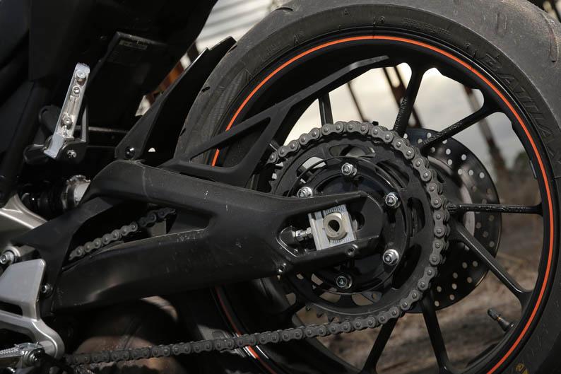 Comparativa MV Augusta brutale 800, Triumph Street Triple R ABS y Yamaha MT-09. Fotos