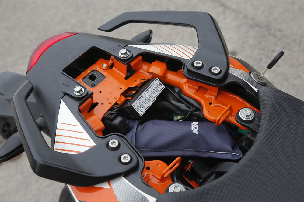 Probamos la KTM 390 Duke. Fotos