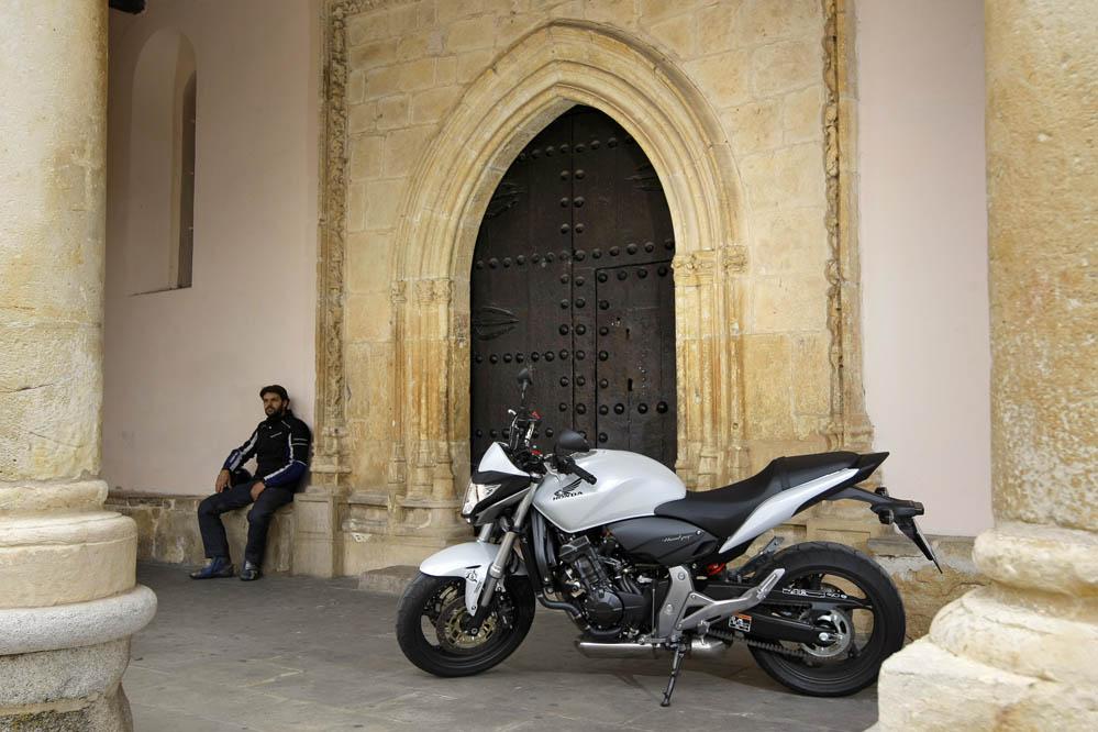 Honda CB600F Hornet. Fotos