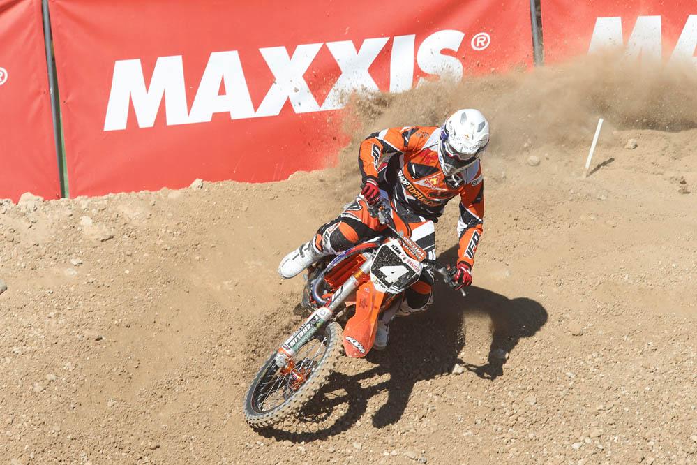 Butrón gana la prueba inaugural del Nacional de Motocross en Albaida. Fotos