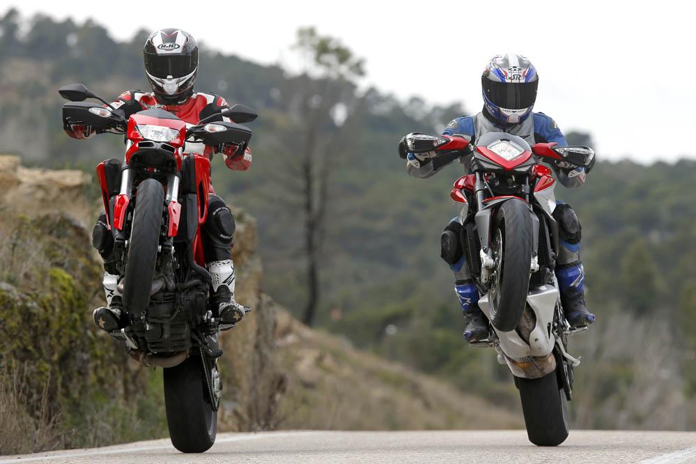 Galería | comparativa-ducati-hypermotard-mv-agusta-rivale-800 | Motociclismo.es