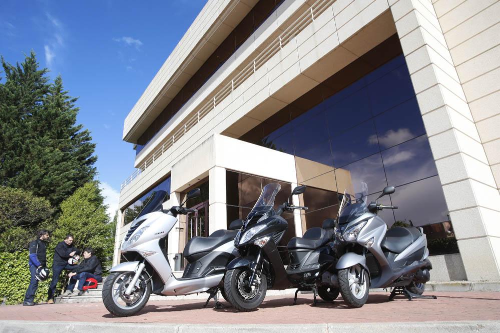 Comparativa scooter 200: Peugeot, SYM y Suzuki. Galería