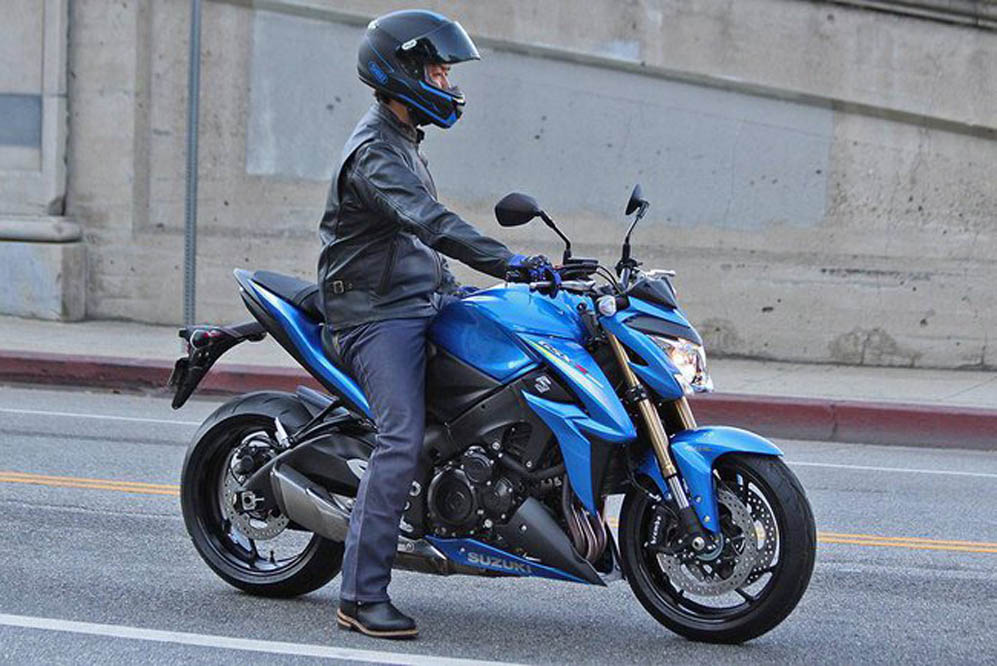 Fotos espía de la Suzuki GSX-S1000. Galería