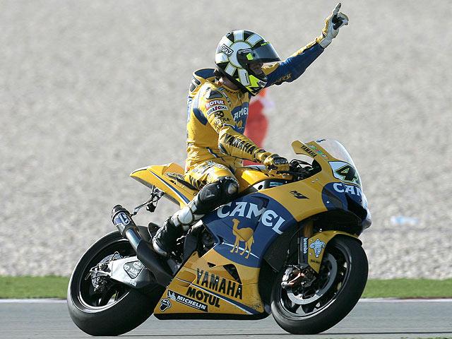 Rossi se queda