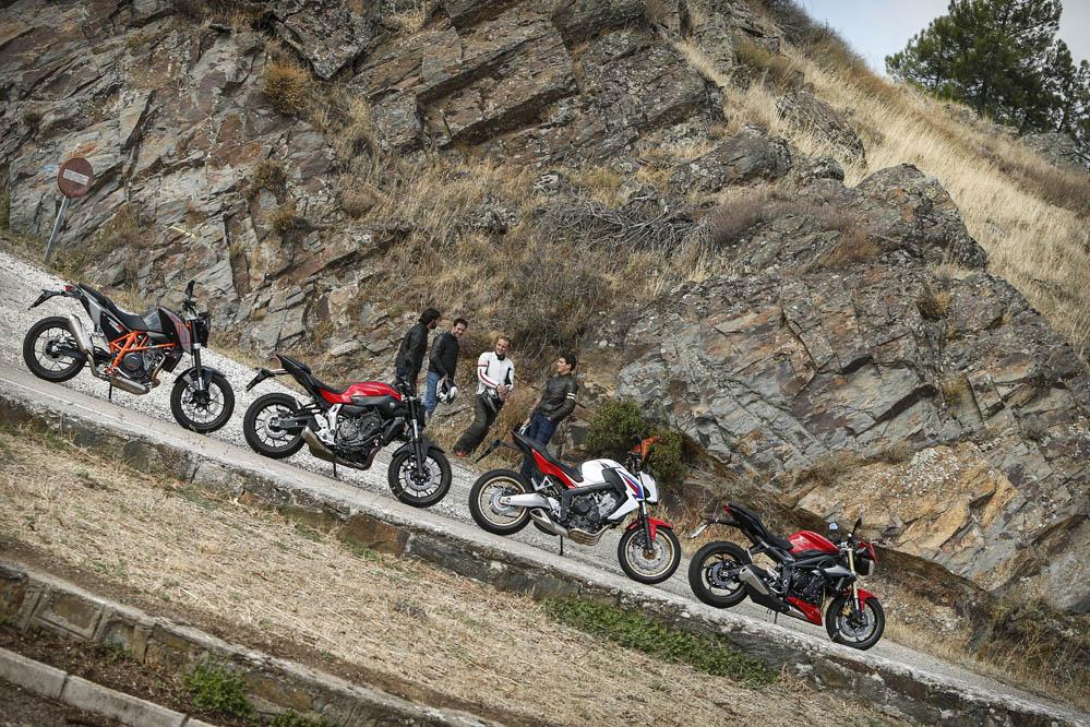 Comparativa Naked medias: Honda CB650F, KTM 690 Duke, Triumph Street Triple y Yamaha MT-07.